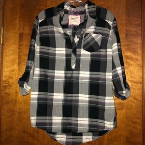 Flannel pull over shirt